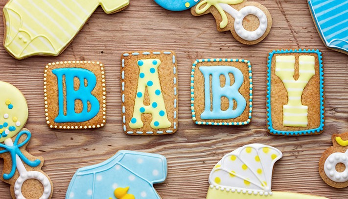 what to wear for your baby shower give as you live blog